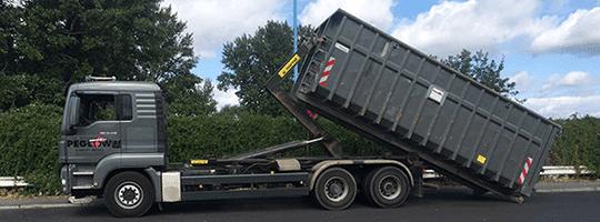Abrollcontainer bei Schrott Berlin mieten